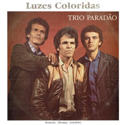 trio_paradao_1984_romerito_ribamar_e_joaozinho_luzes_coloridas